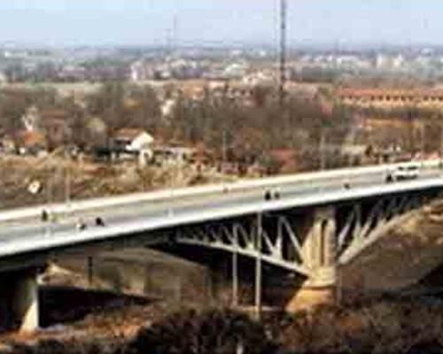 保山LVDT传感器在桥梁检测中的应用